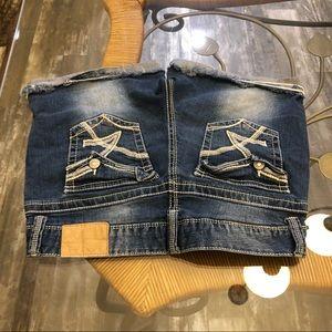 Amethyste embellished Jean shorts midi cuffed 11